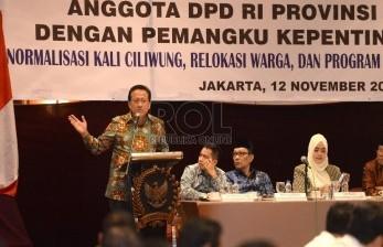 Ketua DPD RI Irman Gusman memberikan sambutan saat pembukaan Rakorda di Jakarta, Kamis (12/11).  (Republika/Wihdan)