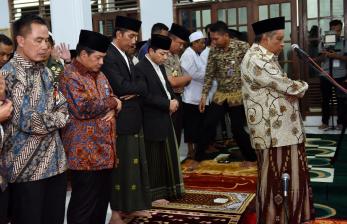 Ketua DPR bersama presiden menghadiri haul ke-28 almarhum mantan ketua PBNU.