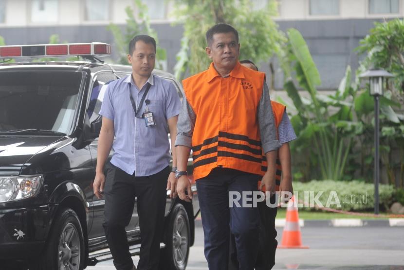 KPK Limpahkan Berkas Dua Tersangka Kasus Suap Bupati Nganjuk