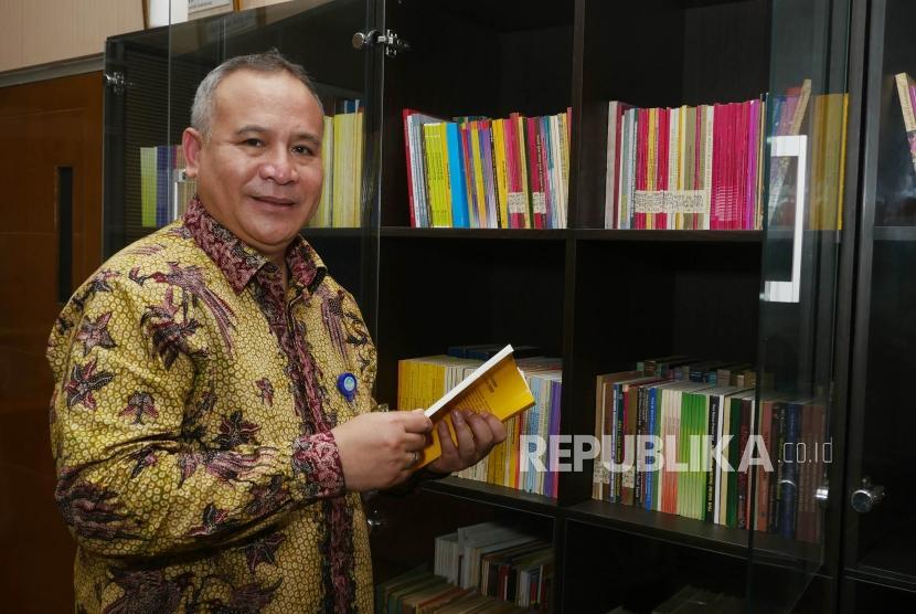 Kepala Badan Bahasa, Prof Danang Suhendar