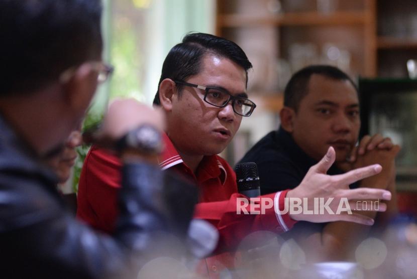 Politikus PDIP Arteria Dahlan.