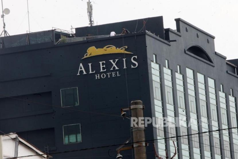 Gedung Hotel Alexis, Jakarta, yang disinyalir sebagai tempat prostitusi terselubung. .