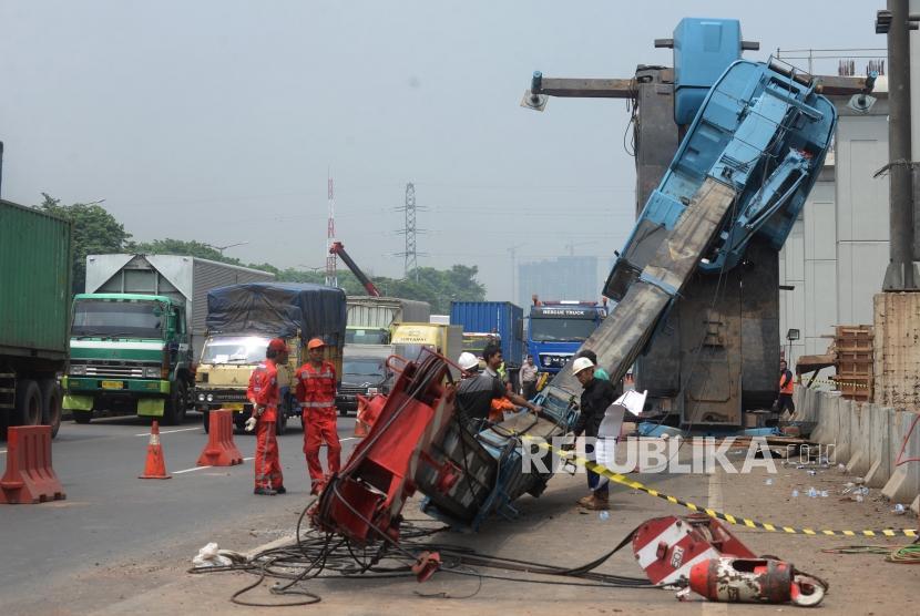 Operator: Tol Jakarta-Cikampek Sudah Bisa Dilalui Kendaraan