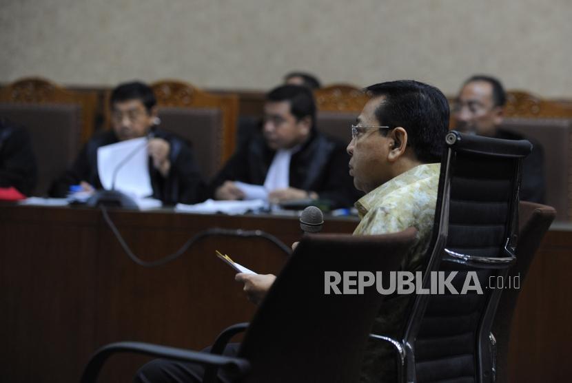 Terdakwa kasus korupsi KTP Elektronik Setya Novanto menjalani  sidang lanjutan di Pengadilan Tipikor, Jakarta, Kamis (22/3).