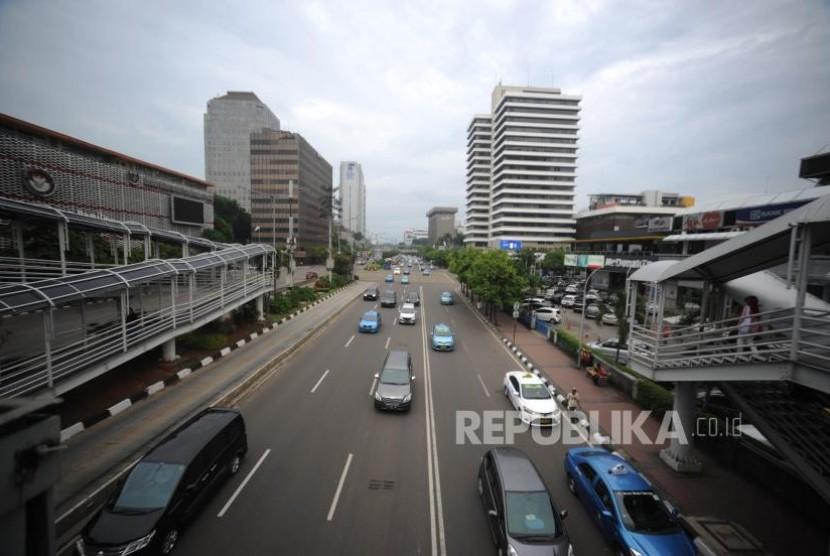Sandiaga Uno Percepat Desain Trotoar Jalan Sudirman-Thamrin