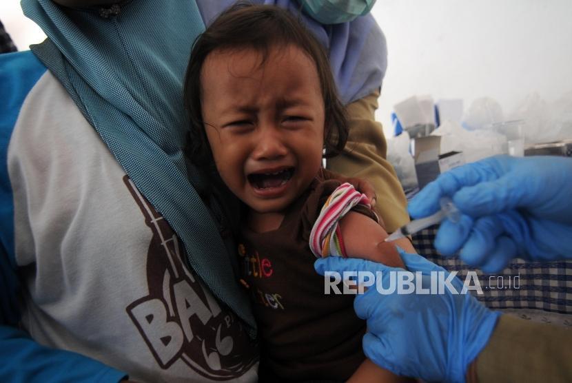 Imunisasi Difteri Banten 2,4 Juta Orang