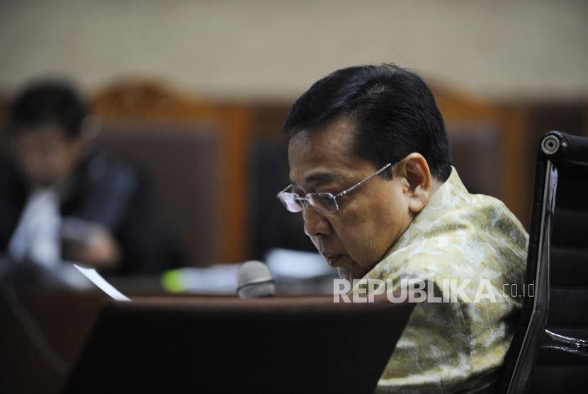 Terdakwa kasus korupsi KTP Elektronik Setya Novanto  mengikuti sidang lanjutan di Pengadilan Tipikor, Jakarta, Kamis (22/3).