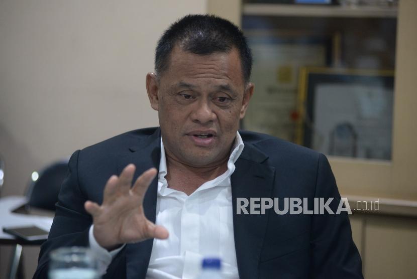 Mantan Panglima TNI Jenderal TNI Gatot Nurmantyo saat berkunjung ke kantor Republika, Jakarta, Rabu (28/3).