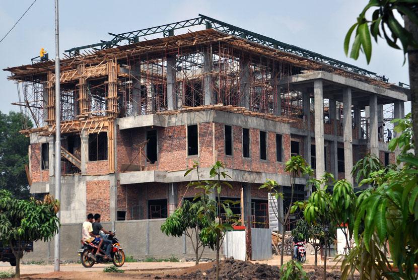 Pembangunan Gedung. (ilustrasi).
