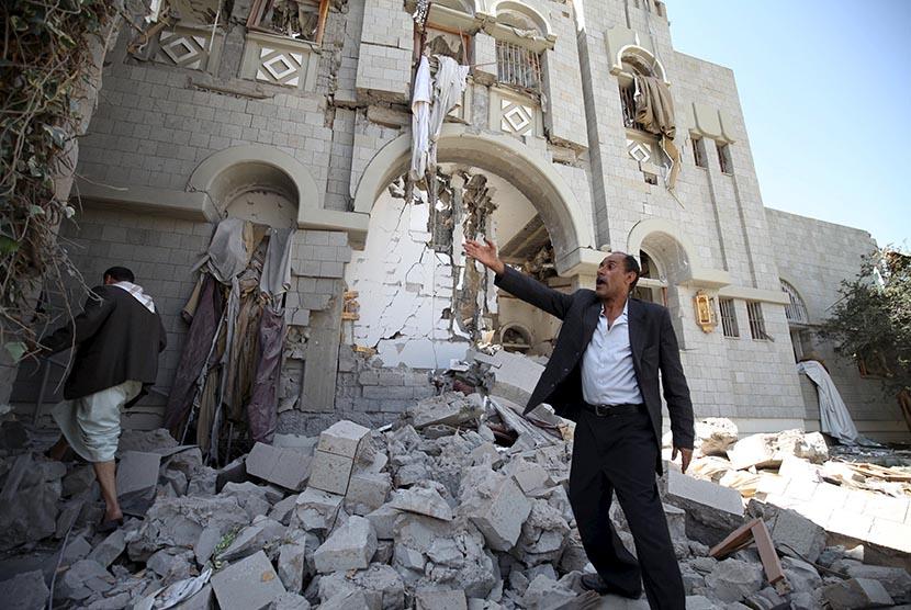 Pasukan Pimpinan Saudi Gencarkan Serangan Usai Saleh Tewas