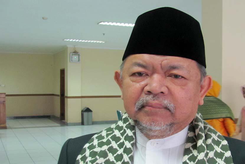 KH. Ali Mustafa Yakub