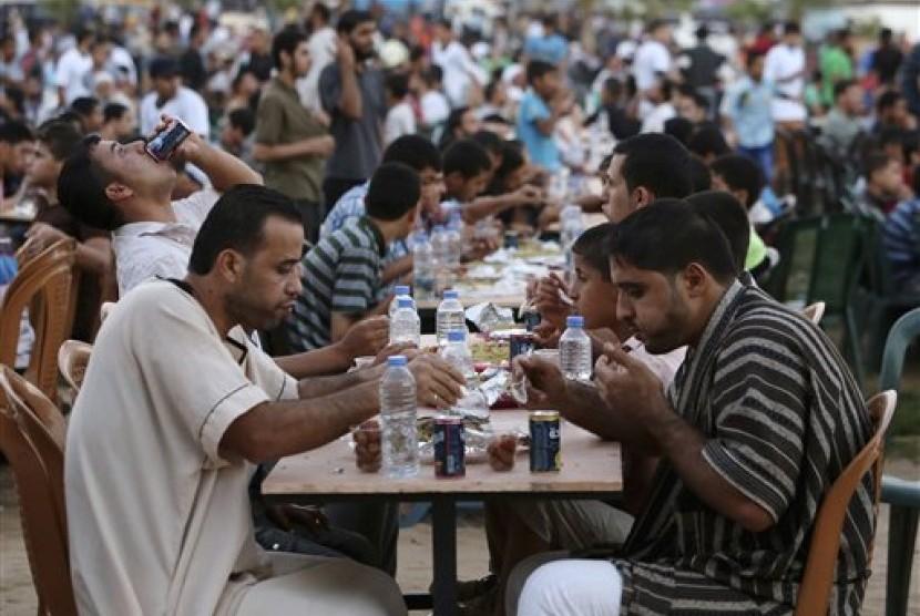 Warga Jalur Gaza Sambut Ramadhan di Tengah Kemiskinan Parah