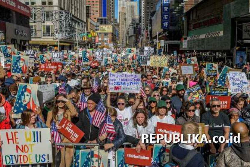 Aksi unjuk rasa Umat Muslim di Kota New York.