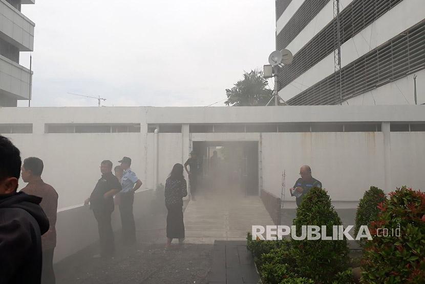 Kebakaran Gedung Parlemen Diduga Konsleting Listrik Ruang AC