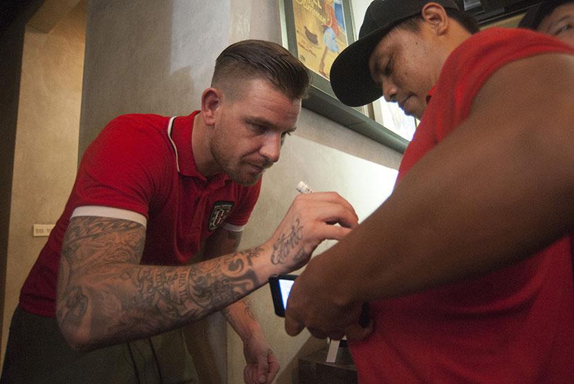 Widodo Mainkan Tiga Peran untuk Kevin Brands di Bali United