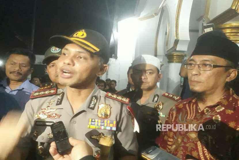 Kapolrestabes Bandung, Kombes Pol Hendro Pandowo memberikan keterangan terkait penganiayaan terhadap Ustaz Prawoto yang menydbabkan meninggal dunia, Kamis (1/2).