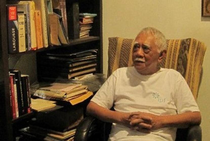 AB. Lapian, Sang Pemandu Wisata Sejarah Maritim