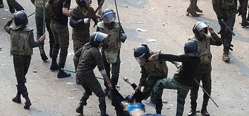 Aksi brutal polisi mesir