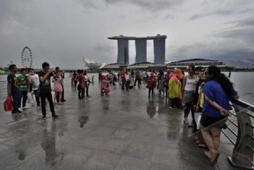 Aktivitas wisatawan Indonesia di Singapura
