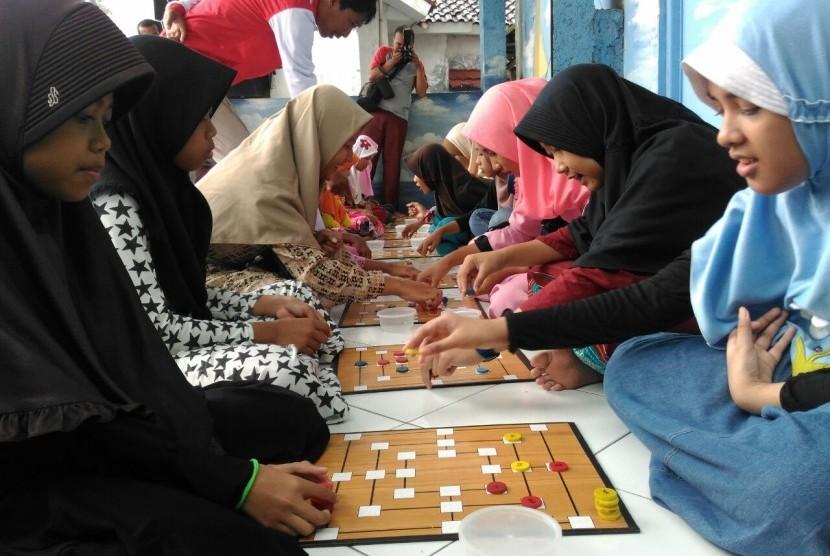 Aktivitas liburan di Kampung Matematika.