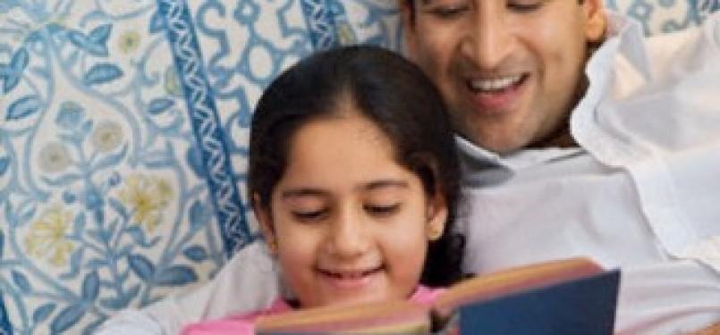 Aktivitas mendongeng dan membaca ialah bentuk pengasuhan berkualitas untuk membentuk perkembangan anak (Ilustrasi)
