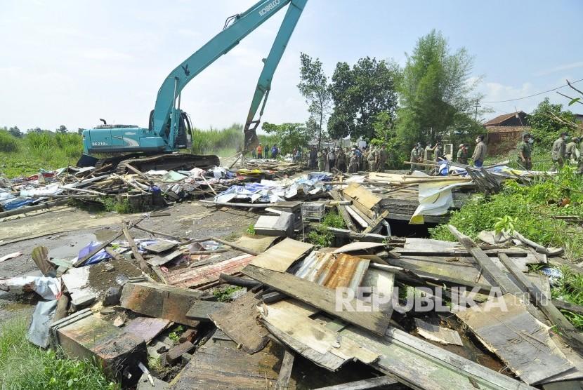 Pemkab Bogor Berencana Bongkar 45 Bangli di Naringgul Puncak