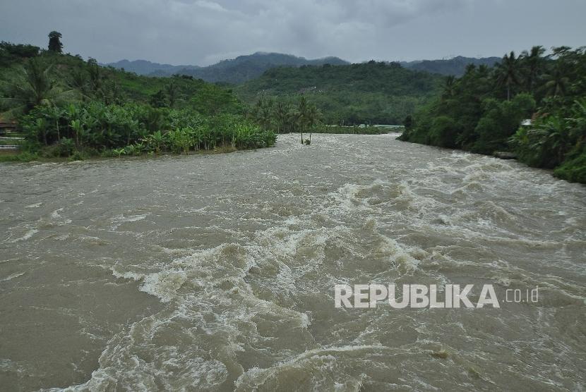 Tanggul Cikaranggelam Jebol tidak Berdampak Banjir