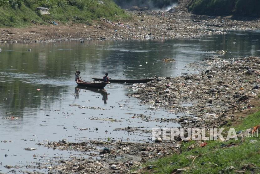 Kota Bandung Gelontorkan Rp 110 Miliar Tangani Anak Sungai Citarum