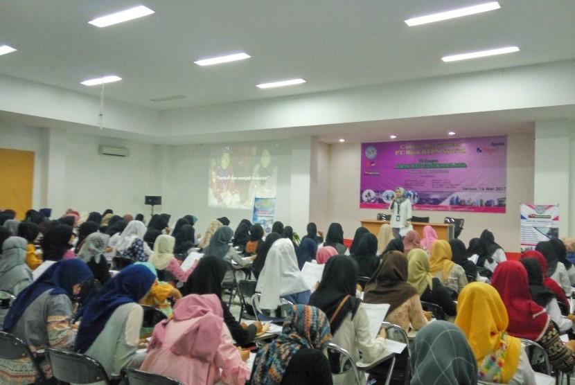 AMIK BSI Tasikmalaya bekerja sama dengan BTPN Syariah mengadakan campus recruitment.