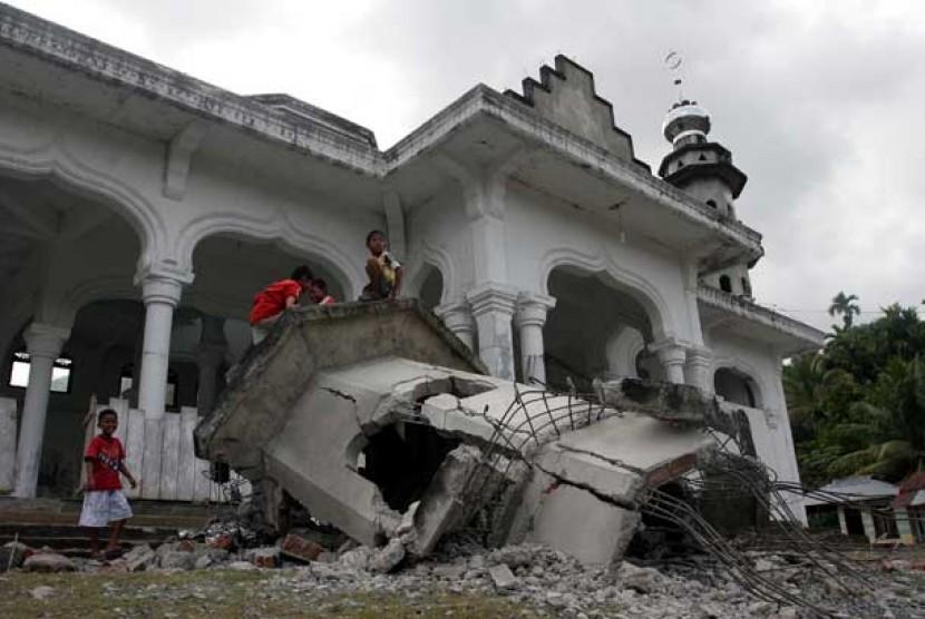 Kemenag Salurkan Bantuan Rp 2 Miliar untuk Masjid di Aceh