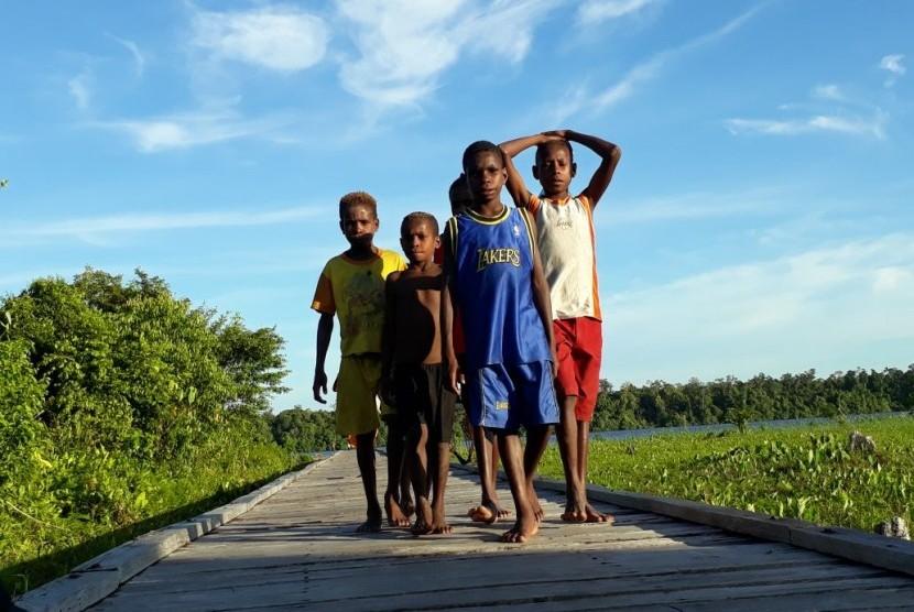 Anak-anak di Kabupaten Asmat.