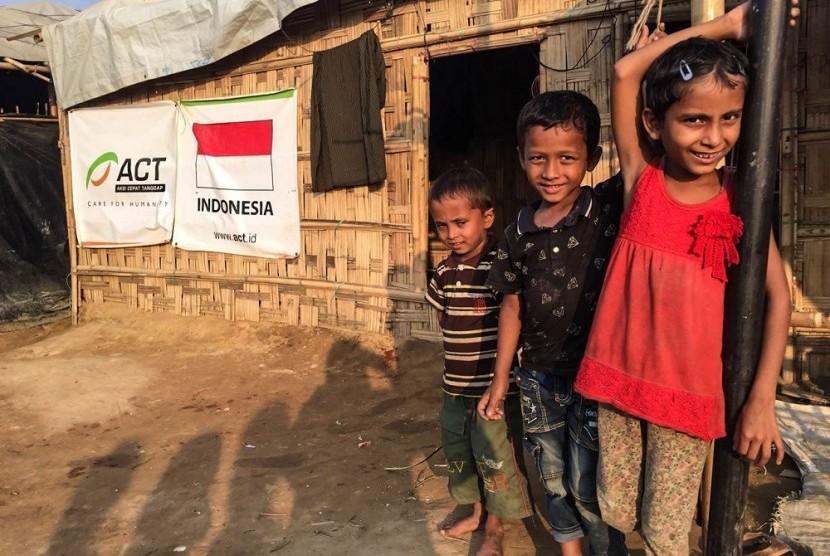 Anak-anak Rohingya di pengungsian.