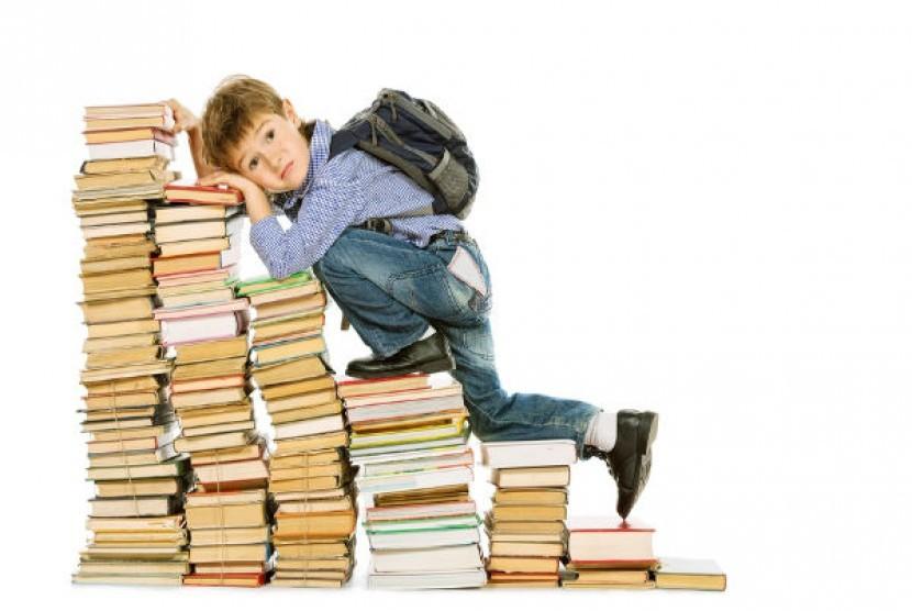 Anak belajar (ilustrasi)