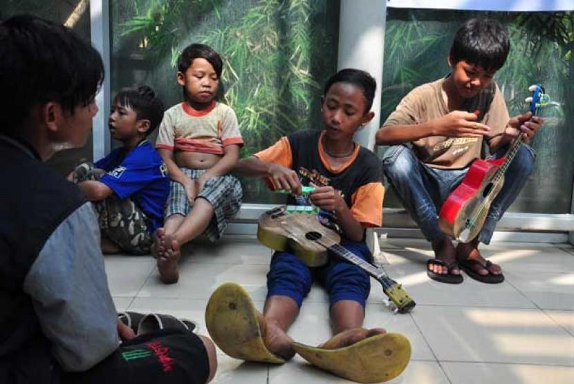 Anak jalanan (ilustrasi)