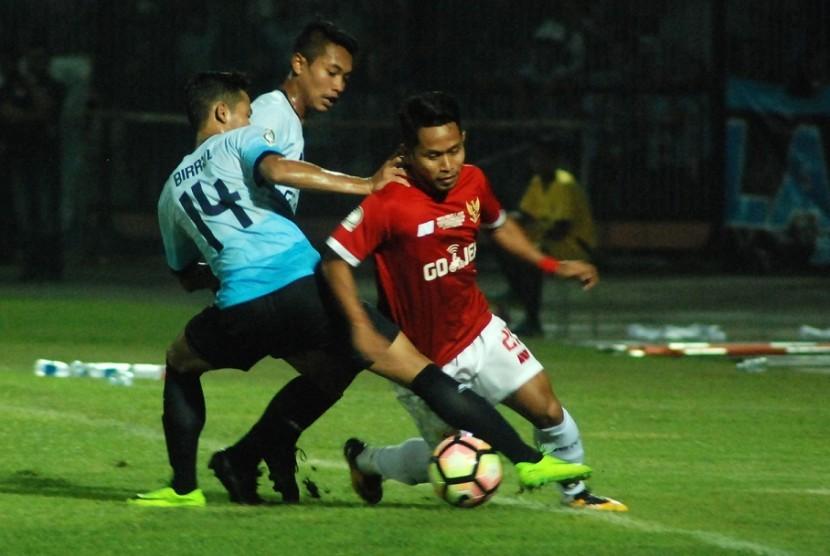 Persela Kalahkan Timnas All Stars 1-0