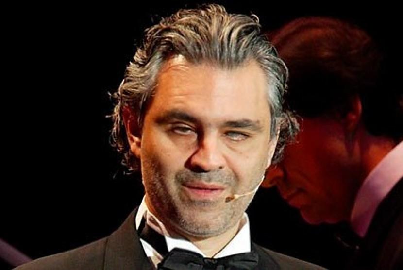 Andrea Bocelli: Saya Penggemar Inter Sekaligus Anti-Juve