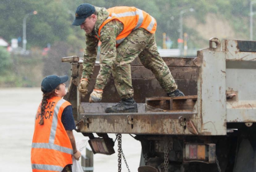 Selandia Baru Picture: Topan Debbie Berlanjut Di Utara Selandia Baru