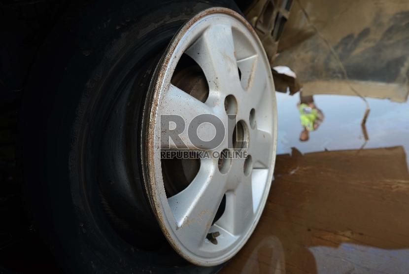 Pejabat Dinas Perikanan dan Kelautan Tewas Kecelakaan di Tol