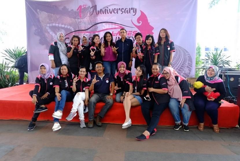 Anniversary Ladies Car Community