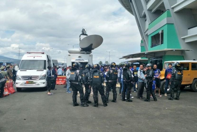 Ribuan Personel Polisi Amankan Pembukaan Piala Presiden 2018