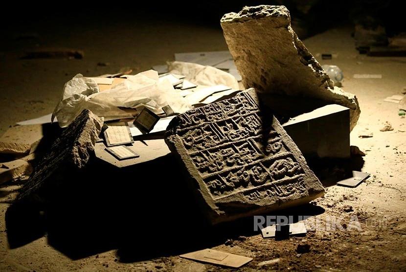 Artefak bertuliskan huruf arab peradaban Mesopotamia periode Islam (Ilustrasi)