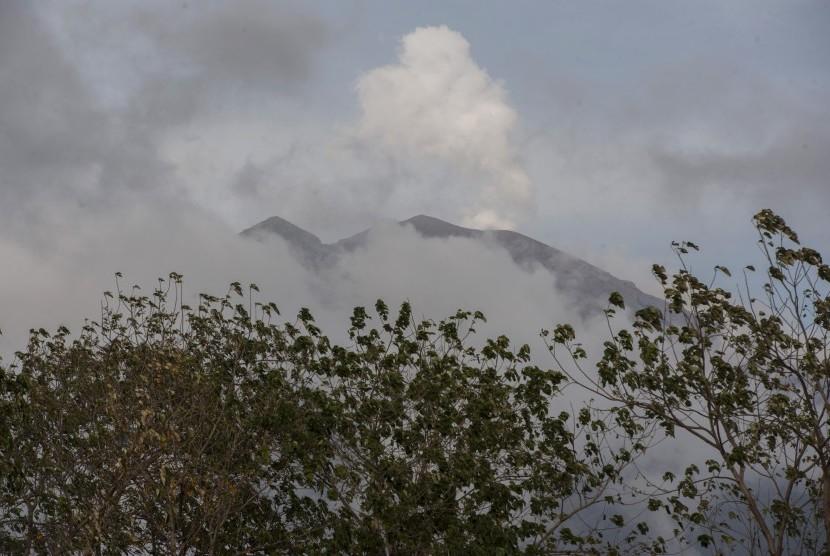 PVMGB: Pergerakan Magma Gunung Agung Masih Ada