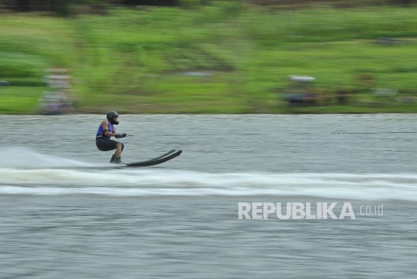 Perlombaan ski air di Pekan Olahraga Nasional. (ilustrasi)