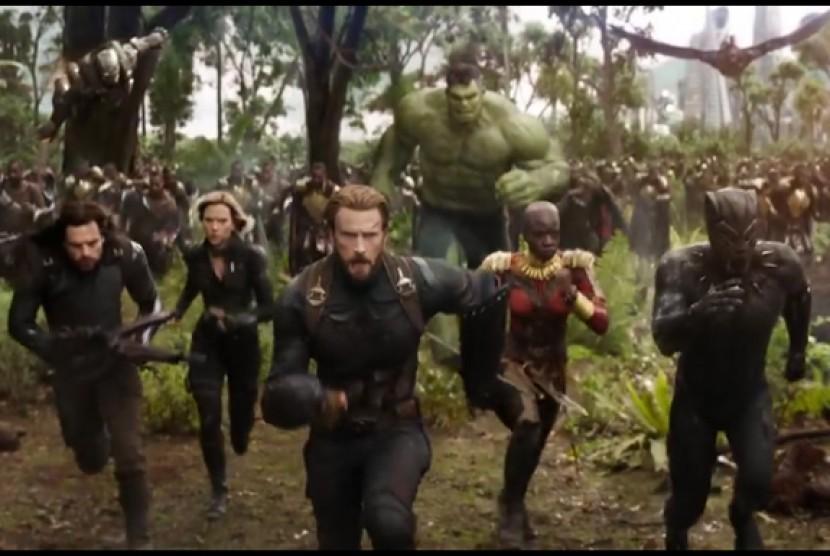 Tantangan Menyatukan Superhero Marvel