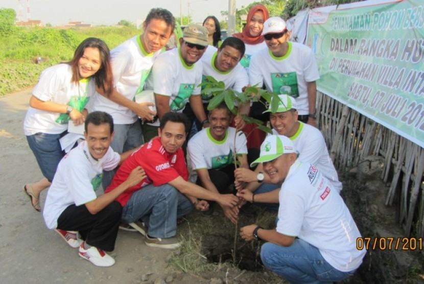 AXIC Cirebon peduli lingkungan