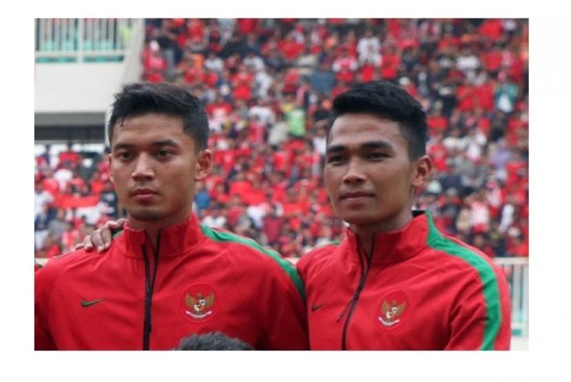 Bagas Adi Nugroho (kanan)