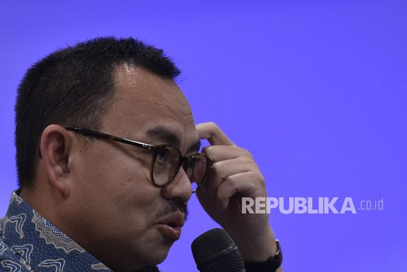 Bakal calon Gubernur Jawa Tengah Sudirman Said menyampaikan keterangan terkait sejumlah kandidat bakal cawagub pendampingnya untuk Pilkada Jawa Tengah di Jakarta, Selasa (2/1).