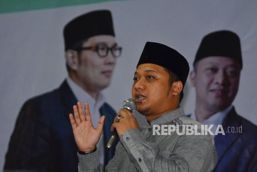 Ratusan Ulama-Santri Dukung Ridwan Kamil-Daniel Muttaqien