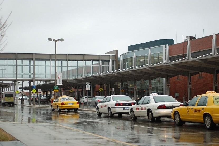 Bandara Des Moines