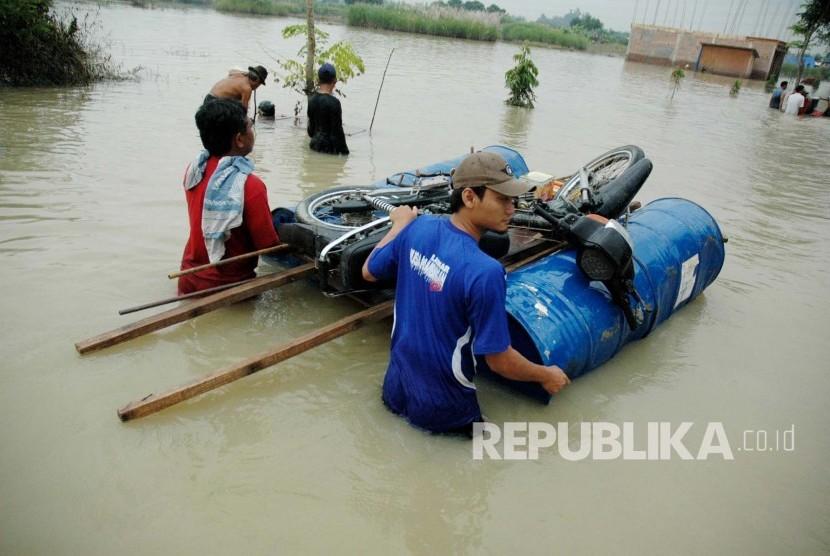 BPBD Karawang Tetapkan Siaga Bencana Banjir